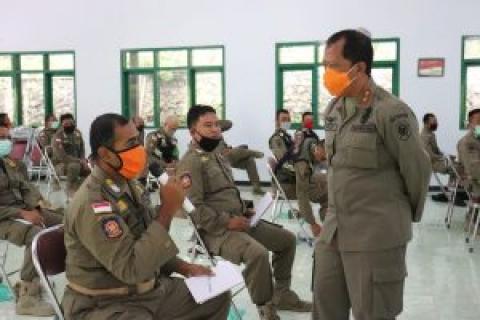 22 orang pejabat fungsional Satuan Polisi Pamong Praja Kabupaten Trenggalek digembleng di Dilem Wilis