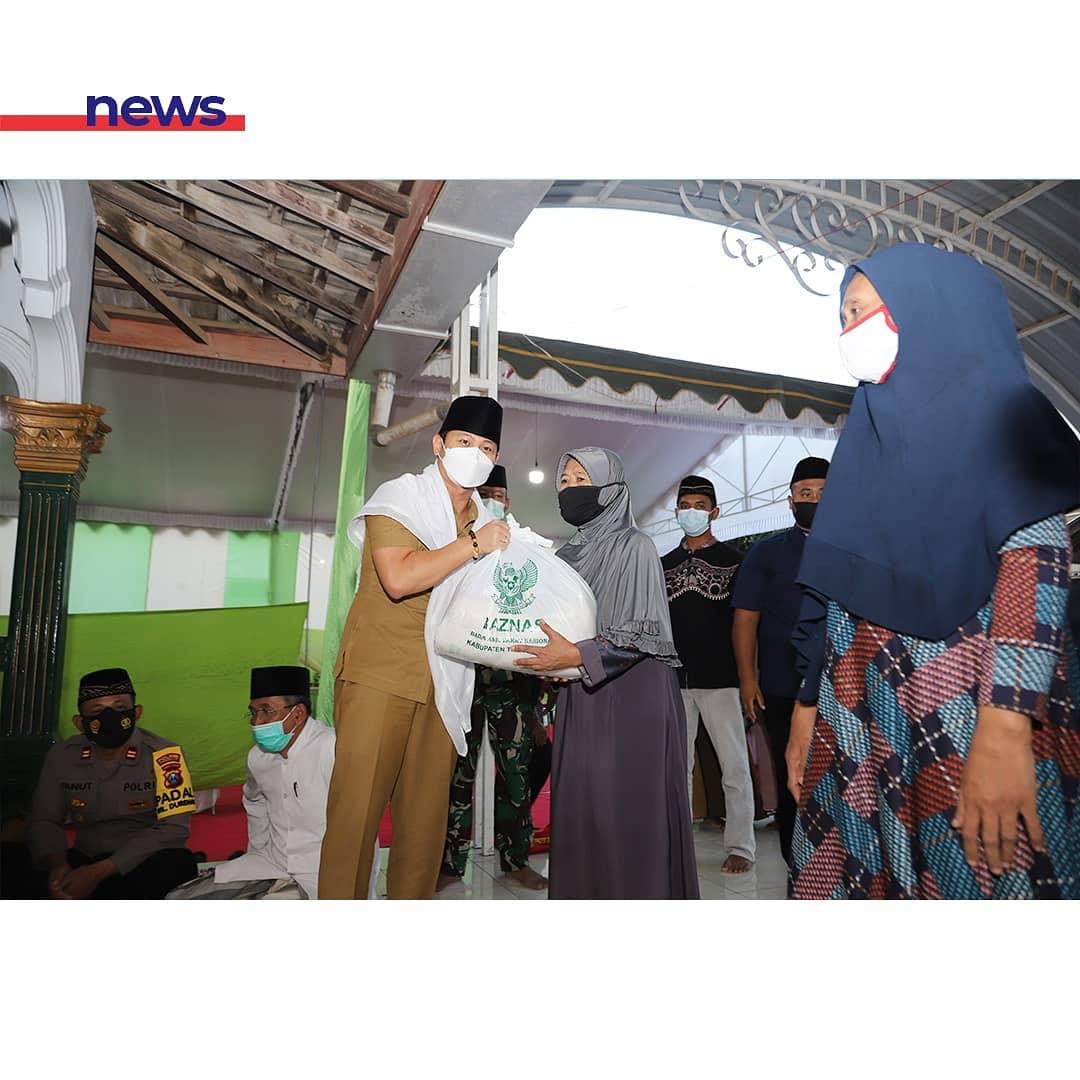 Safari Ramadhan Di Desa Kamulan, Bupati Nur Arifin Ingatkan Keutamaan Bersedekah